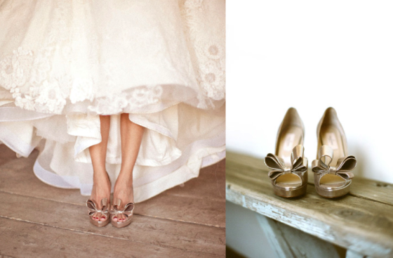 gold-bow-wedding-shoes