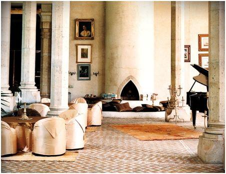 Le Palais Rhoul lobby