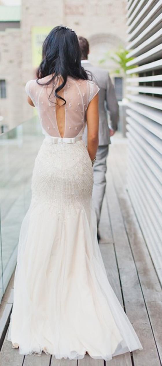 detailed-back-wedding-dress-3