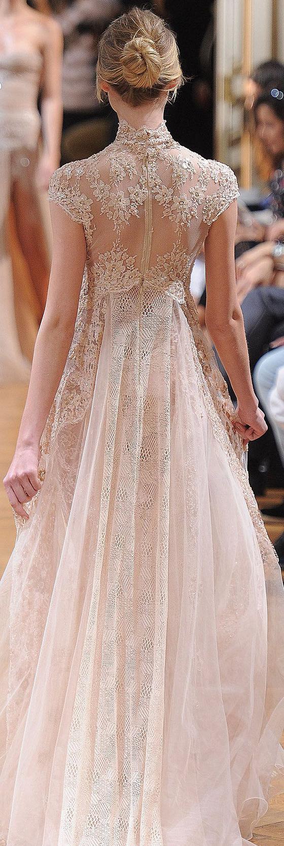 detailed-back-wedding-dress-4
