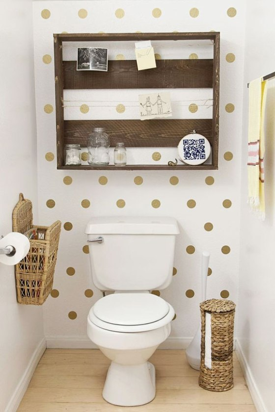 gold-polka-dots-in-bathroom
