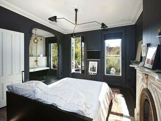 dark-walls-in-bedroom